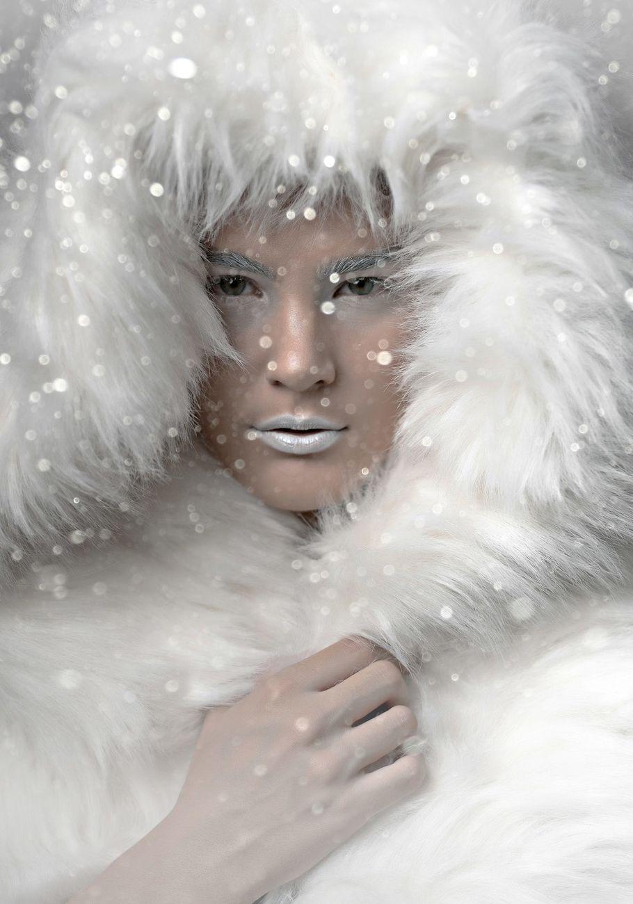 Photo: Charis Evagorou Magazine: GalaStyle Styling: Frantzeska Olsen Model: Maria Gojkovic