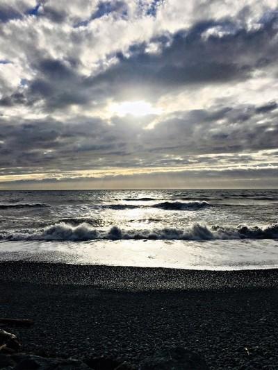 3 pm sunburst over Pacific Ocean - Oregon