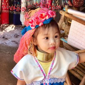 During our visit through Thailand, we stopped at the Long Neck Village in Nang Lae, Chiang Mai.  The tribe is very small as it is a tribe the you...
