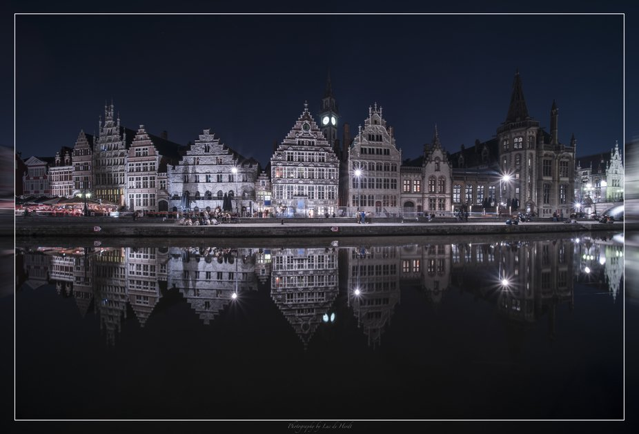 A crystal clear night in Ghent !