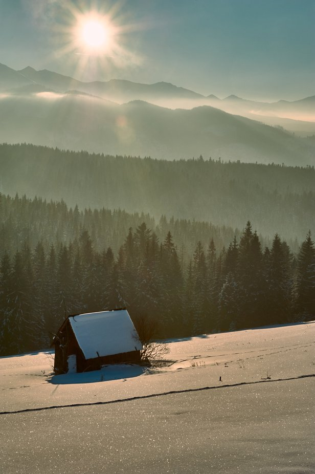 Winter in Tatra Mountains by TomekToroj - Isolated Cabins Photo Contest
