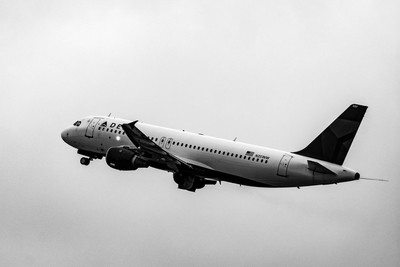 Delta Air Lines Airbus A320-212(N351NW)