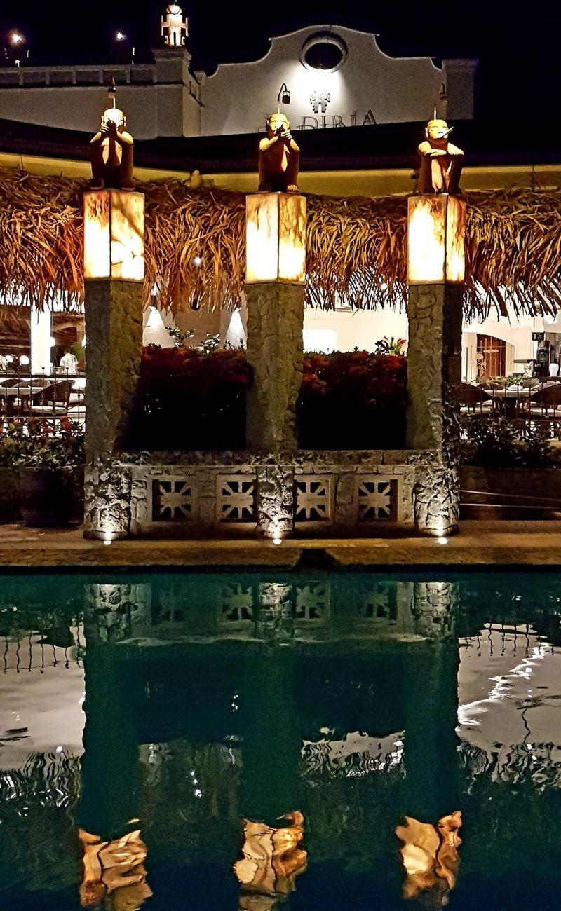 Réflexions, Hotel Diria Resort, Tamarindo, Costa Rica !