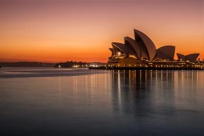 Saturday morning Sydney is waking up