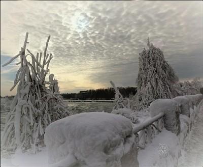 ...slippery roads out there today ~ be safe luvs ❄ #hugZz ツ #NiagaraFalls #winterwonderland #frozen #beauty