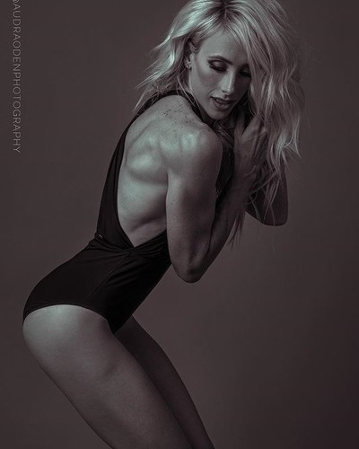 Loving this image of @brandiwhite_fitness ❤️????Trying new things with