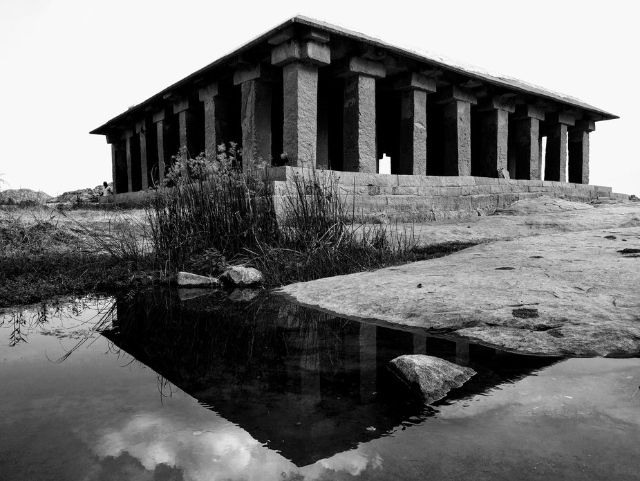 This  64 pillar structure located on the banks of the Tungabhadra in Anegundi. The mantapa is bel...