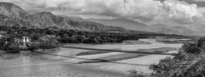 Santa Fé de Antioquia - rio Cauca / Colombia