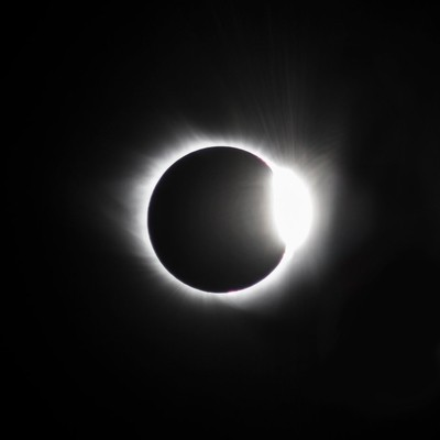 The Diamond before Totality
