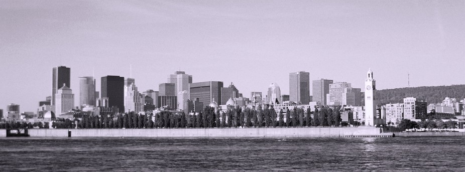 View of Montreal from the Jean-Drapeau urban park.