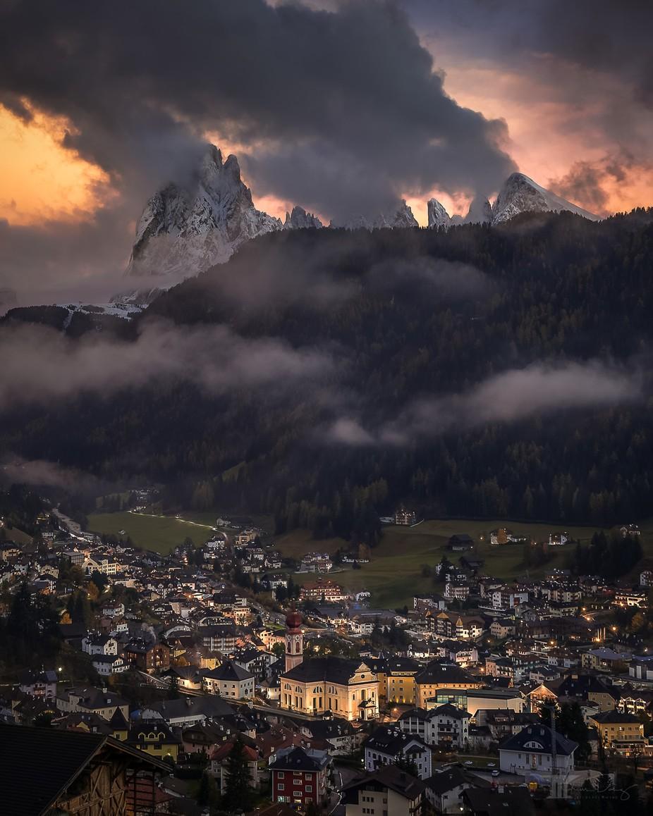The drama above by Bilderschmied-Danz - Monthly Pro Photo Contest Vol 48