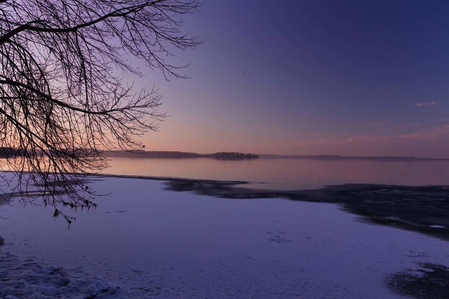 lake mendota before a full freeze