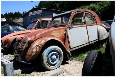 Rusty 2CV
