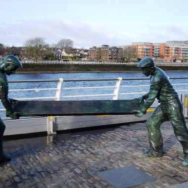Memorial to the hard working dock workers of Limerick
