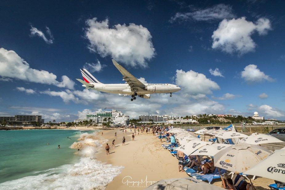 Air France over Maho Beach