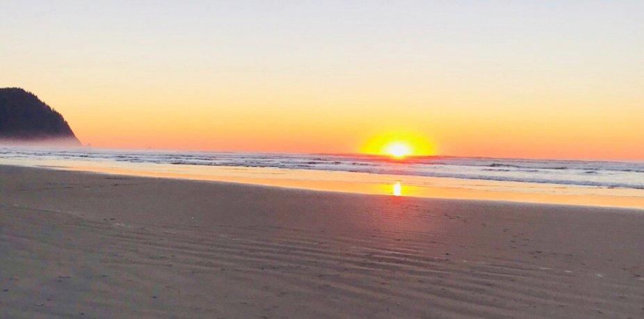 Sunsets, Oregon Coast, Upper Left, Oregon, Beach, shoreline, Sun, ocean, Pacific Ocean, Outdoors,...