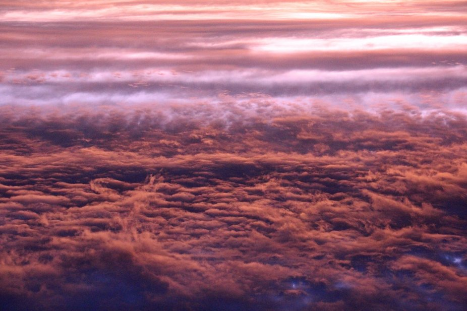 An inversion of dawn cloud layers