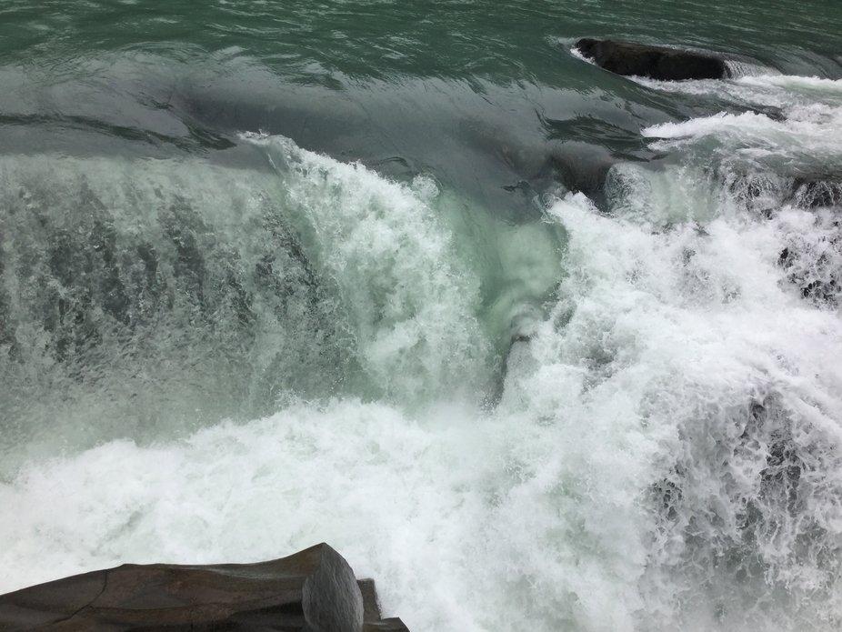 The Crashing Waterfall