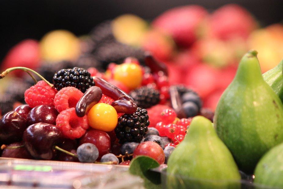 Farmer's market fruit at its best ...