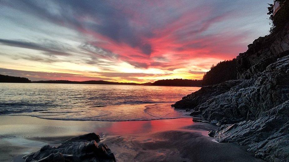 Photo captured in Tofino Canada at ocean sunset