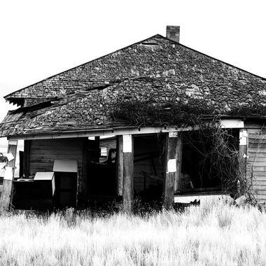 abandoned1_B&W
