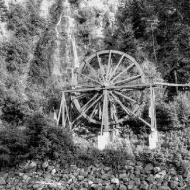 This water wheel stands off of I-70 passing through Idaho Springs CO
