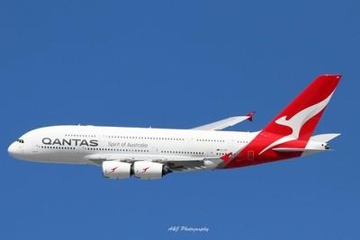 Qantas A380 VH-OQB Brisbane Airport 17-02-2019