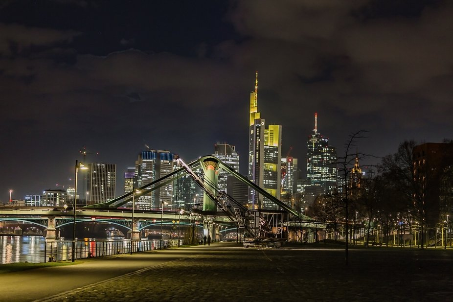 The skyline of Frankfurt at night. This photo was taken during an evening photowalk.