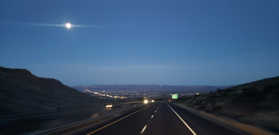 US93 near Kingman AZ at dawn