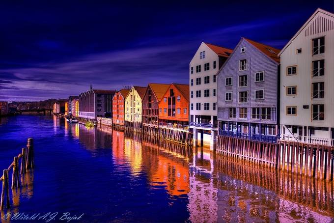 Norwegian Nights___2319.sm by Witold - I Love My City Photo Contest