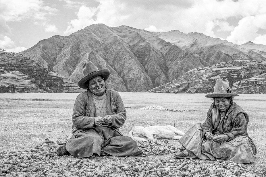 Found those women working in a plain near Cusco in Peru