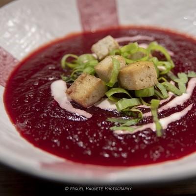 Beet Soup -  Sopa de Beterraba