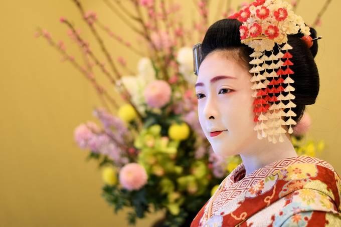 Maiko Girl Portrait by ErichKurt - The Magic Of Japan Photo Contest
