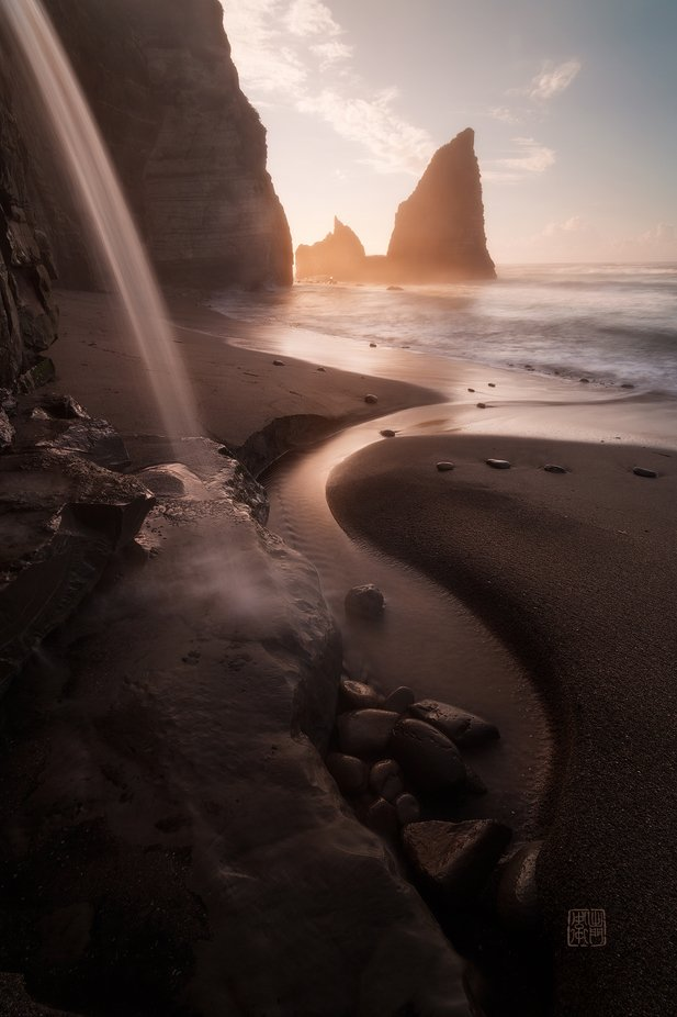 Beach Waterfall by DamonBay - Monthly Pro Photo Contest Vol 48