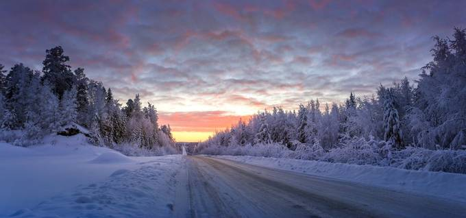 Road to Yamal by TatianaBorisova - Winter Roads Photo Contest