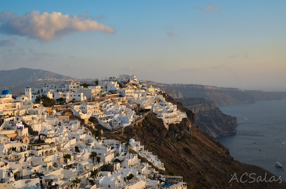 As much of a tourist trap as the island of Santorini (officially known as Thira) in Greece may be...