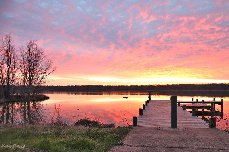 Sunrise on Lake Pickthorne