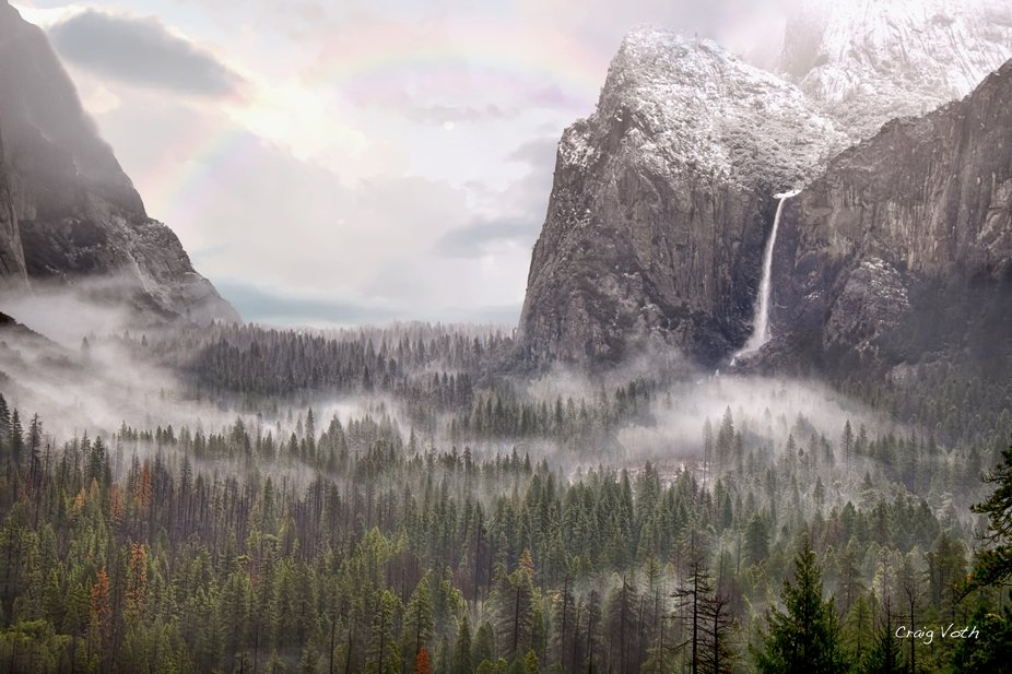 Fog in Yosemite Valley - At Tunnel View