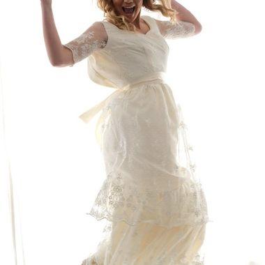 This is from a wedding photo shoot put on by utahstylizedshoots.  MODEL: Elisa Saurette @elisaurette33 H/MUA: @mph_makeup FLORIST:@sheerrosesdesign GOWNS: @betsycourture SUITS: @dctuxedos VENUE: Studio Miesh @mieshstudio HOST: @utahstylizedshoots
