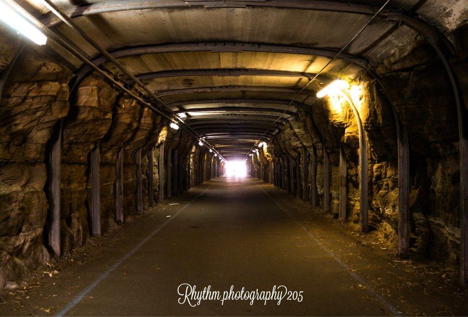 Cockatoo tunnels, Australia