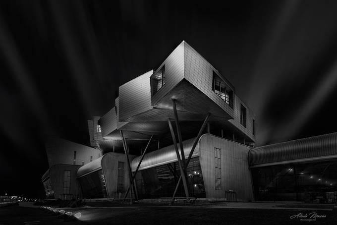 Cristal y Acero  by albertoenisosbajasmoreno - My Favorite Building Photo Contest