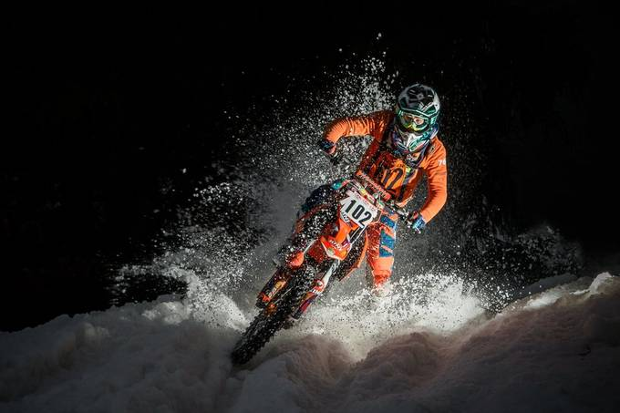 SnowSpeedHill Race by hackwolf - Two Wheels Photo Contest