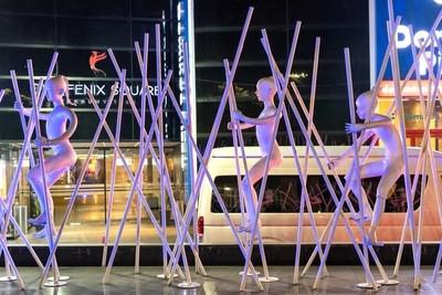Figures in Bangkok