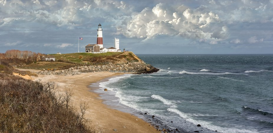 The Montauk Point Lighthouse is the First lighthouse in New York State. It was built in 1796.   T...