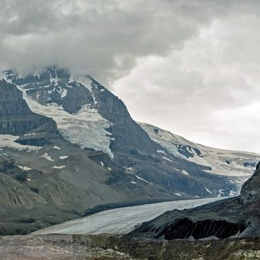 Travelling to the Athabasca Glacier - Canada