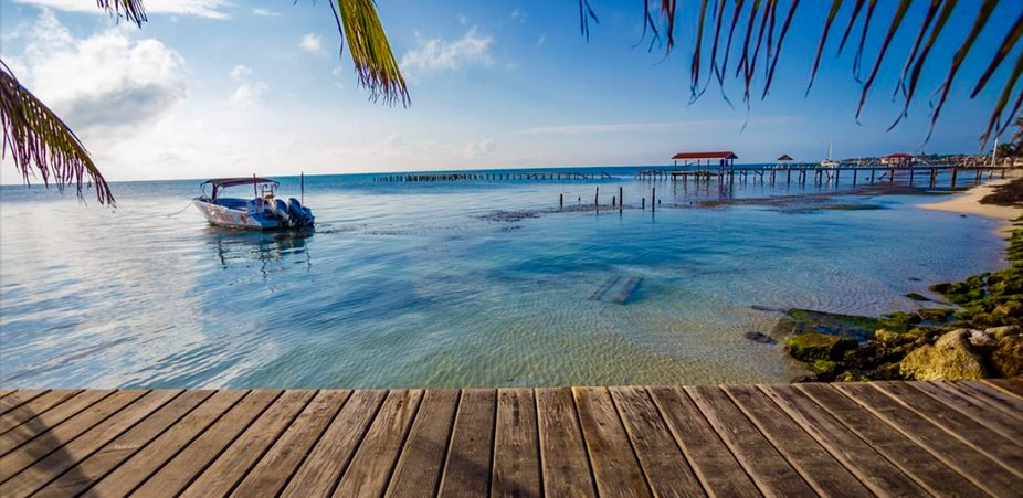 Cayes Island , Belize
