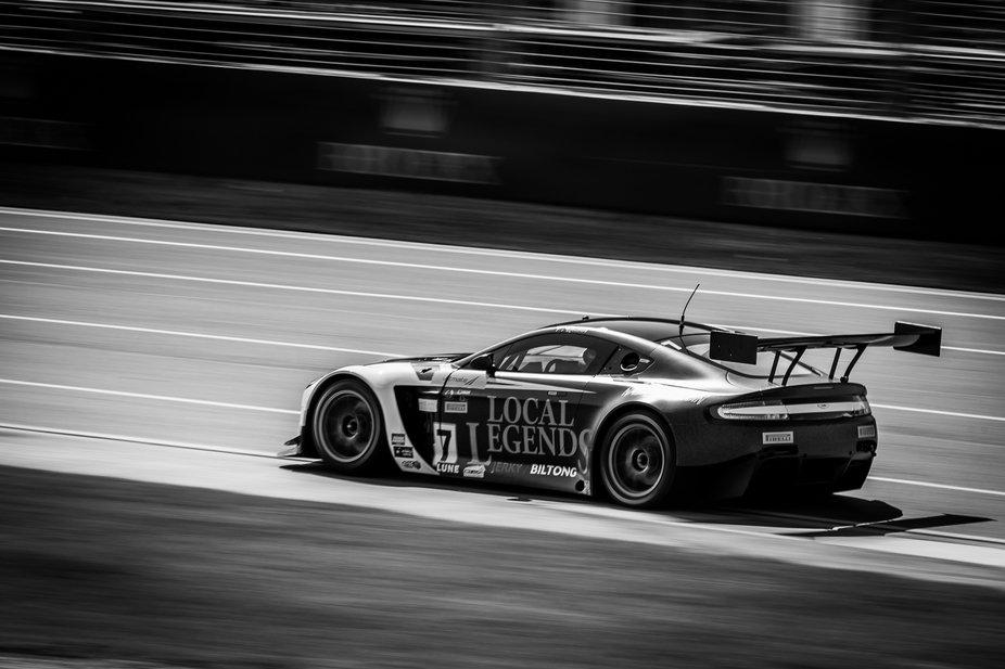 Tony Quinn in his Aston Martin Vantage GT3 through turn 1 in the Australian GT event at Albert Park