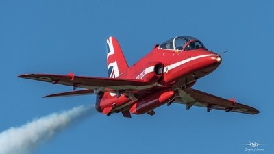 - Beautiful  blue skies over RAF Scampton 25-03-19 Red 6 Toby Keeley
