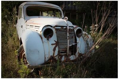 White Renault