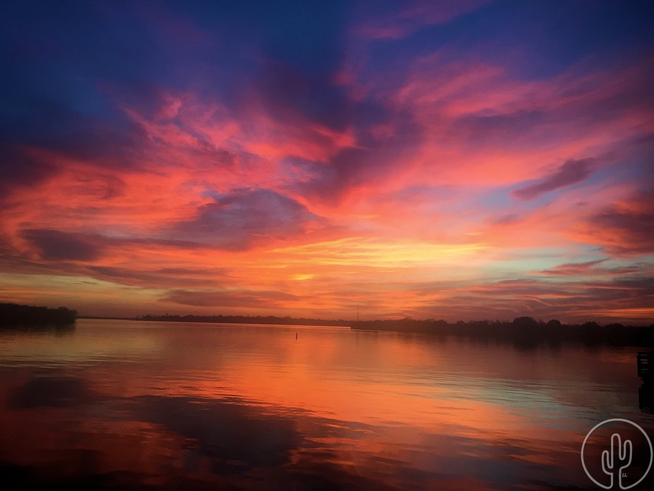 A beautiful sunset over Lake Corpus Cristie in Texas